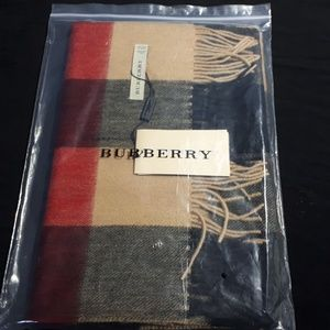 New Burberry London Cashmere Scarf Classic Check